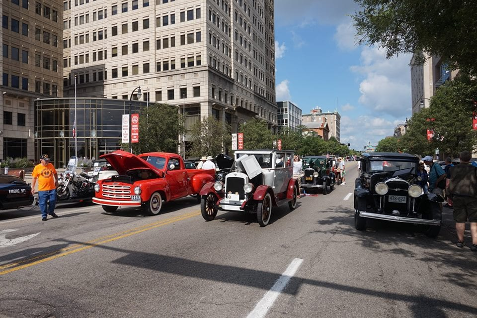 Hamilton Fairfield Antique & Classic Car Parade 2016